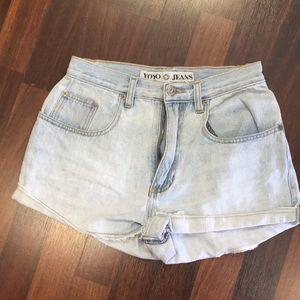 Vintage high waist 80s  jean shorts